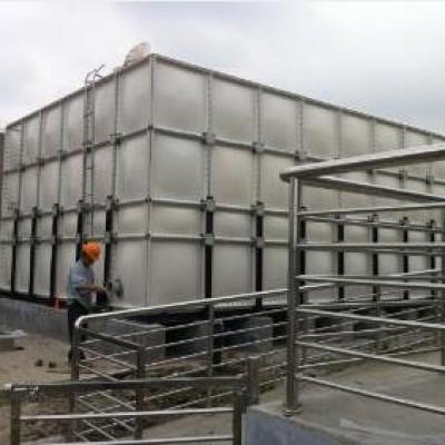 屋顶专用玻璃钢消防水箱